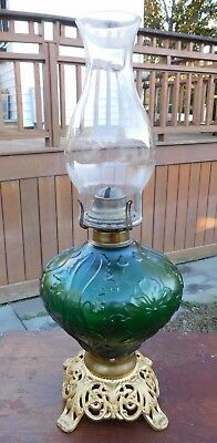 Antique Victorian Gwtw Parlor Oil Lamp Font Embossed Glass Ornate Brass Base
