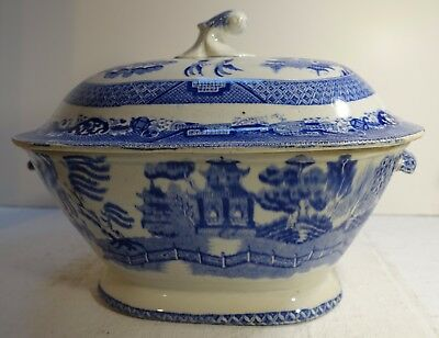 PBbx ANTIQUE 19TH C BLUE WILLOW STAFFORDSHIRE TUREEN AND COVER as is - STAG MARK