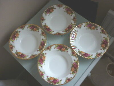FOUR ROYAL ALBERT OLD COUNTRY ROSES RIMMED BOWLS (b)
