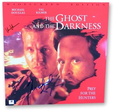 Val Kilmer Michael Douglas Signed Laserdisc Cover Ghost and the Darkness 865973