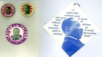 3 Vintage 1970s-80s Martin Luther King Jr Peace Pinback Buttons &1 Tag