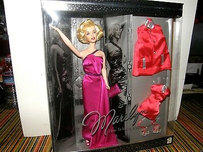 """Barbie     Marilyn Monroe """"how to marry a millionaire""""    2001 mattel collector"""