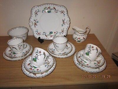 Tuscan china 15 x piece tea set - Birds of paradise