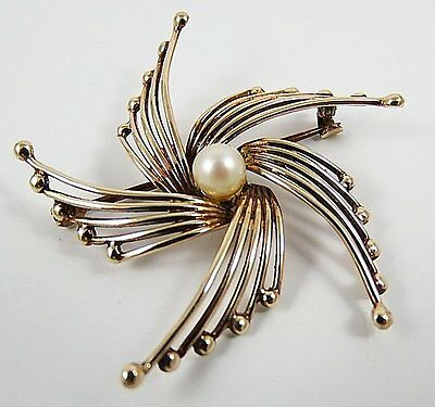 Beautiful 9ct UK Gold Hallmarked Brooch wth Cultured Pearl