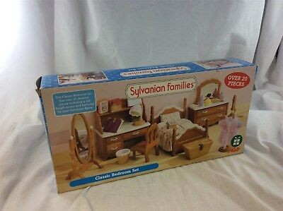 Boxed Sylvanian Families Classic Bedroom Set - New - Gift Idea