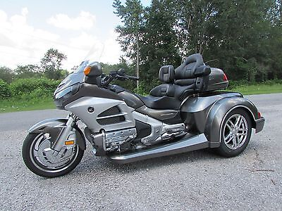 2013 Honda Gold Wing  2013  HONDA GOLDWING GL1800 NEW  ROADSMITH HTS 1800 TRIKE WITH RUNNING BOARDS