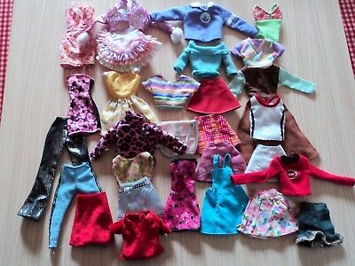 Barbie Job Lot of Mixed Clothes 31 Items and All sorts !! 7 Day Listing
