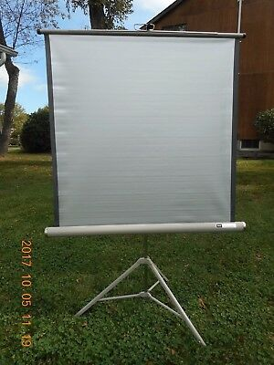 VINTAGE  SEARS  LENTICULAR SCREEN Approx.391/2 x 391/2 Movies / Slides   V NICE