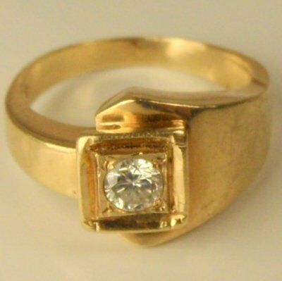 Stunning Chunky Vintage 14Ct Gold Diamond Ring Size N.5