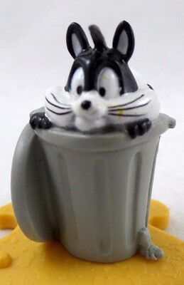 Pepe Le Pew PENELOPE PVC figure Puzzle Piece Warner Brothers Looney Tunes WB '95