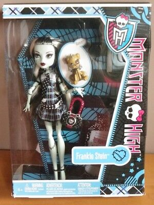 FRANKIE STEIN & WATZIT diary chien doudou tenue robe poupée Monster high 2011