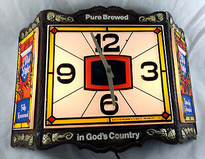 Old Style Beer Light Up Clock VTG 1978 Pure Brewed in God's Country Sign Ad Pub