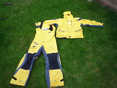 XM Yachting T 8000 Breathable waterproof Suit size M In used condition