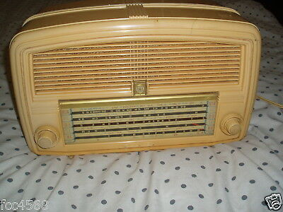 1950s VINTAGE TUBE RADIO AWA RADIOLA WORKING CONDITION LOT A