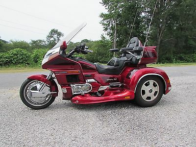 1997 Honda Gold Wing  1997  HONDA GOLDWING GL1500 SE CALIFORNIA SIDECAR TRIKE
