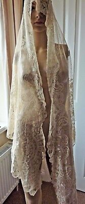Vintage Lace Shawl/Cape  -  Carrickmacross Loss