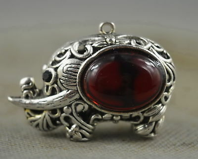 Collectable Handwork Decor Miao Silver Carved Elephant Inlay Agate Noble Pendant