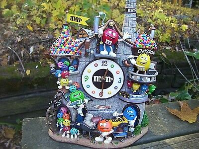 DANBURY MINT ~ M&M's GANG AND THE CHOCOLATE FACTORY CLOCK ~  NEW IN BOX ~ RARE