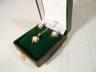 "CULTURED PEARL NECKLACE AND PIERCED EARRINGS in BOX 18"" 10K Gold JWD PRETTY SET"