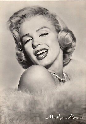 MARILYN MONROE 1950s Glamour Photo Postcard