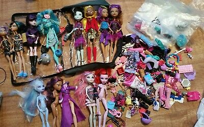 Bundle Monster High Dolls & Accesssories