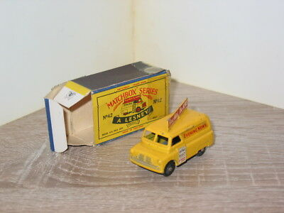 Matchbox Serie 1-75  No.42 A Evening News Van  mit schlechter Schachtel 1957