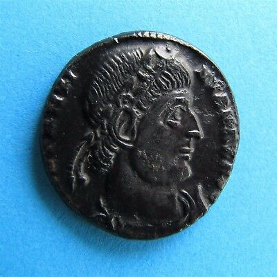 48. Lovely Constantine I Gloria Exercitus Roman coin