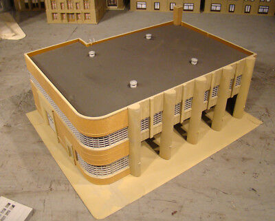 HO Scale Building Walthers Fire Department Headquarters Built Up