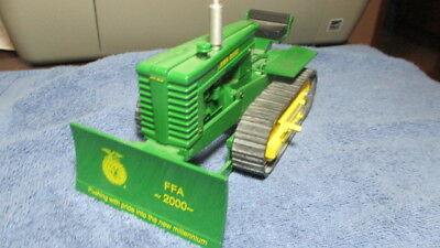 JOHN DEERE Licensed Product FFA-2000 Toy Crawler Tractor with Tracks and Dozer