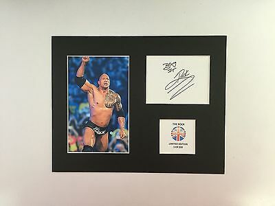 Limited Edition  THE ROCK Dwayne Signed Mount Display Wrestling  AUTOGRAPH