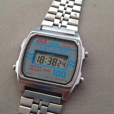 Montre JAZ 100 à LCD ancienne vintage vers 1980 Made in Japan