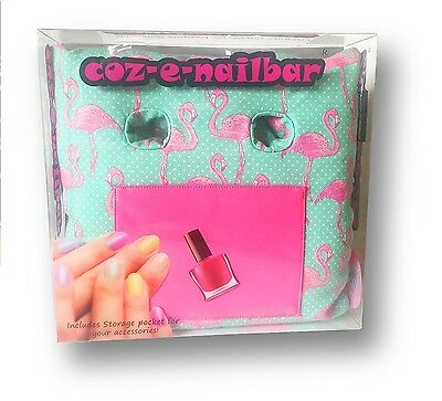 Coz-e-Nailbar Flamingo Manicure Tools Cushion Wipe Clean Storage Pocket Gift