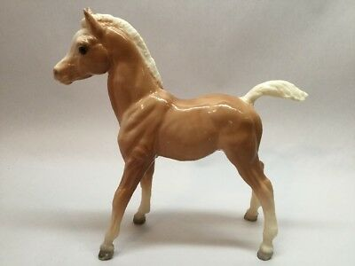 Vintage Breyer Horse Foal tan with white mane legs tale A13