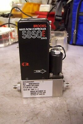 Brooks Instruments 5850Ec6Db2Cg2A Mass Flow Controller 3 Sccm Flow Gas Bf3