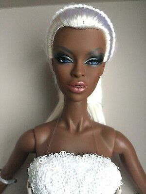 FR Integrity FAIRYTALE CON ADELE MAKEDA FROSTED GLAMOUR Fashion Royalty Doll LE
