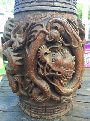 dragon 19th Century Chinese Deeply Carved Scholar Bamboo Brush Pot vintage 1820