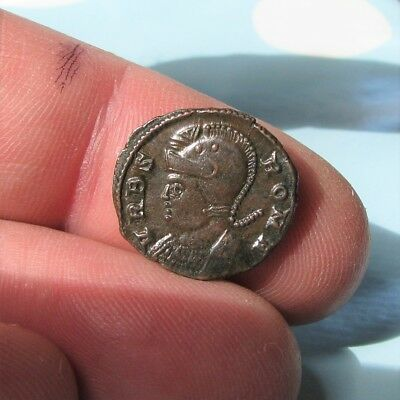 b13. Lovely URBS Roma Roman coin