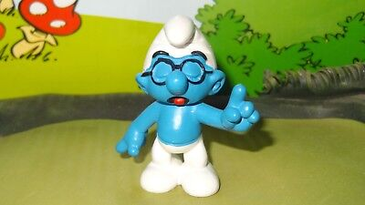 Smurfs Classic Brainy Smurf w/ Hand Up Blk Glasses Rare Vintage Display Figurine