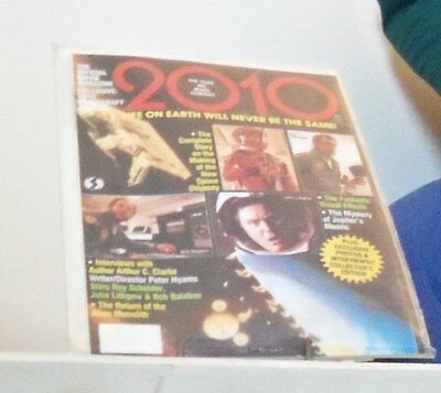 2010 Movie Magazine Great Stories About The Movie