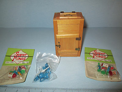 VINTAGE 1960's-70's doll house old fashioned ice box, PLUS 3 Packages of minis!!