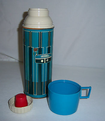 Vintage King Seeley Thermos Blue metal 1971 Pint size tall w/ Cup & stopper 2210