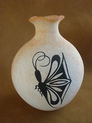 Native American Pottery Hand Painted Vase Pot by Tony Lorenzo! Zuni Indian