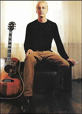 Pearl Jam Mike McCready Gibson Hummingbird acoustic guitar 8 x 11 pinup photo