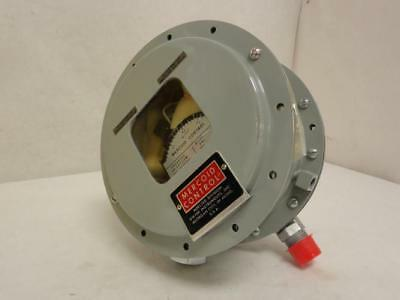 172057 New-No Box, Mercoid PGW-153-P2 Gas Pressure/Differential Switch .5 - 5psi