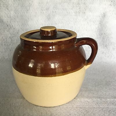 Vintage Robinson Ransbottom 2 Qt. Bean Pot With Lid And Blue Crown 2 Mark U.s.a.