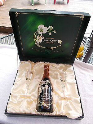 Perrier Jouet  Champagne Brut w/2 Hand Painted Glasses & Display Case,NOS