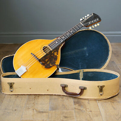 Gibson A Mandolin from 1918.
