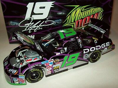 Jeremy Mayfield 2005 Mountain Dew Pitch Black #19 Charger 1/24 NASCAR Diecast