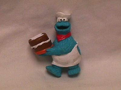 Vtg 80s? Muppets Sesame Street COOKIE MONSTER Chef w/CAKE PVC Figure Topper
