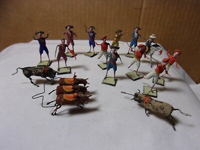 Vintage Mexico Bull Fighter Toy Figures   T*